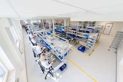 Linia montażu wag laboratoryjnych w systemie KANBAN
