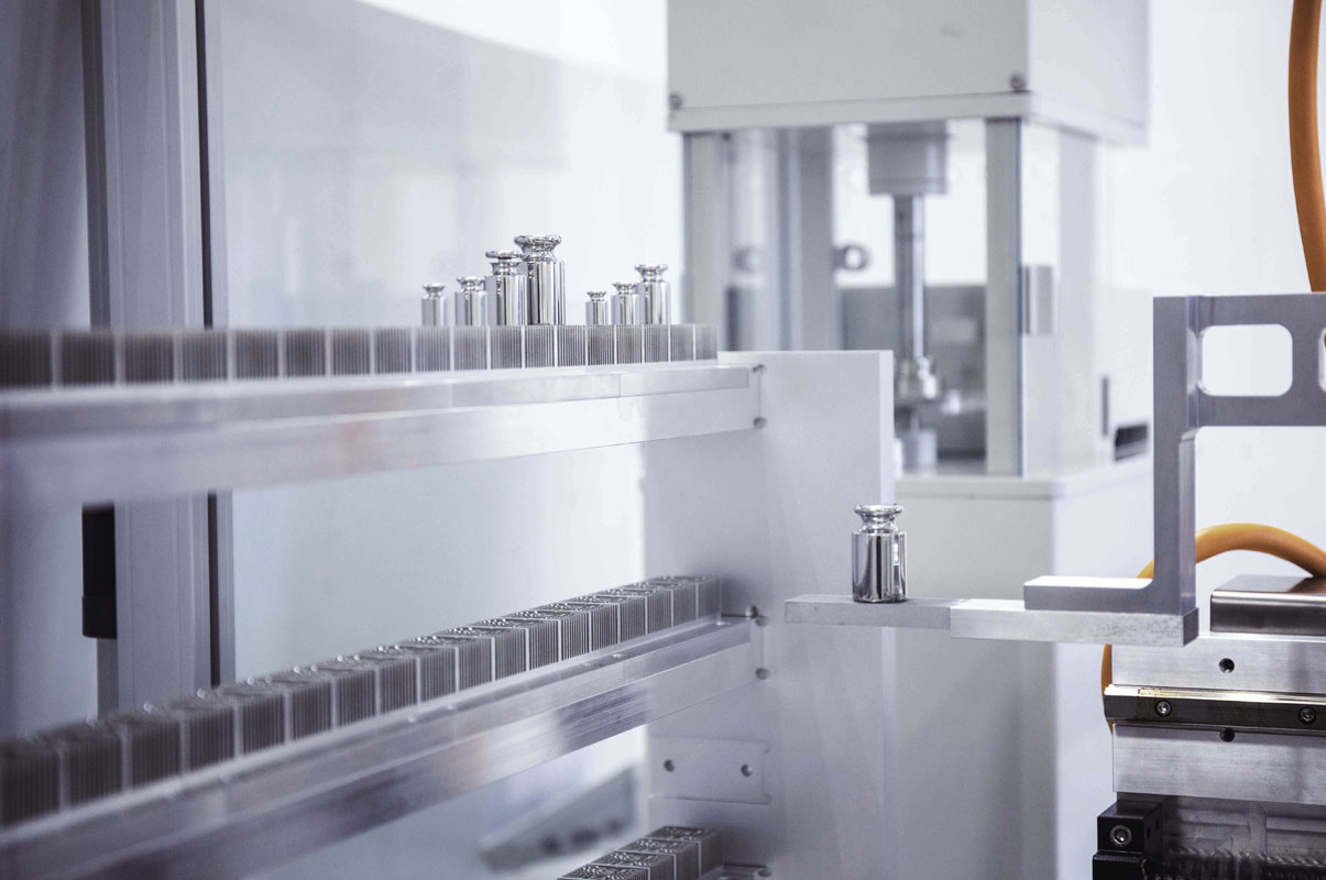 Robotermassekomparatoren RMC 1000.1 in Massekomparatoren