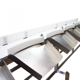 DWM 3000/HPS Checkweigher - Universal mechanic design guarantees that the DWM HPS can be adopted to needs of other branches of industry. Sorting checkweigher of RADWAG production is a hi-tech weighing device equipped with specialized automatics system providing precise and fast product separation