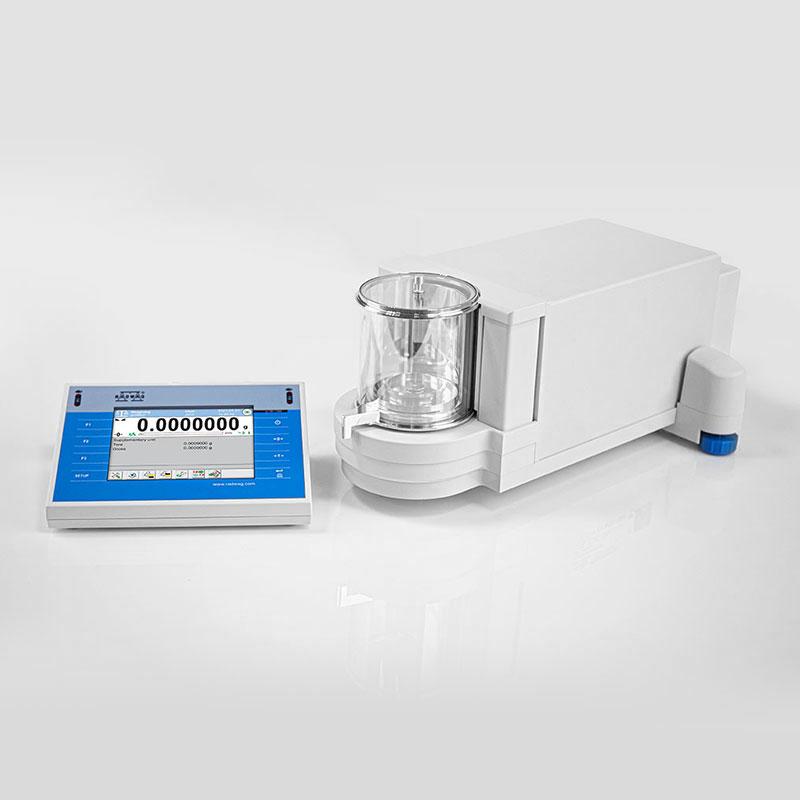 Ultra-mikrowaga UYA 2.4Y PLUS w Wagi laboratoryjne